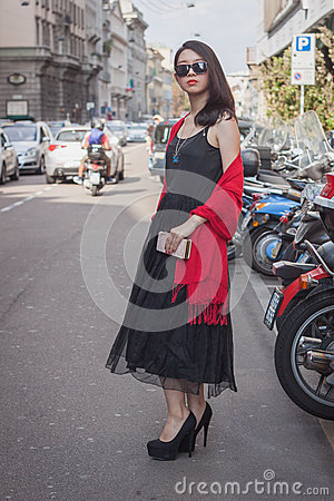 Free Woman Outside Trussardi Fashion Shows Building For Milan Women S Fashion Week 2014 Royalty Free Stock Photos - 45270568