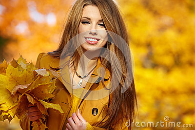 Woman portrait in autumn color