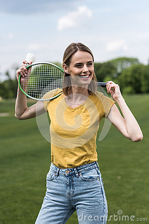 Free Woman Posing With Badminton Racquet And Shuttlecock While Looking Away Royalty Free Stock Photos - 97279918