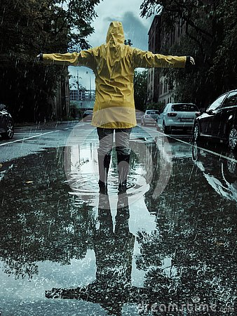 Free Woman Reaching Out Her Arms On A Rainy Day In Autumn Stock Photography - 127722672