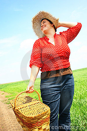 Woman ready for picnic