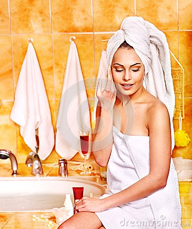 Free Woman Relaxing At Home Bath. Stock Photo - 28880580