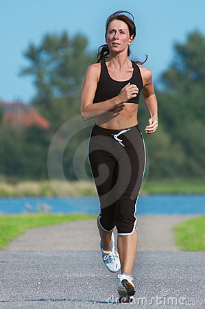 Free Woman Running Royalty Free Stock Photo - 1094085