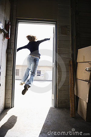 Free Woman Running And Jumping. Royalty Free Stock Images - 3284199