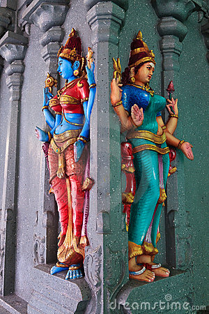 Free Woman Sculpture In Dhoby Ghaut Temple Stock Images - 20154264
