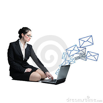 Woman send email