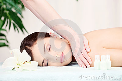 Woman on shoulder massage