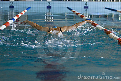 Woman swimming Butterfly stil