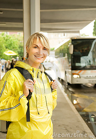Free Woman Waiting For The Bus Royalty Free Stock Image - 5547326