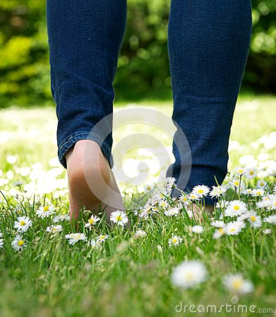 Free Woman Walking In The Park Barefoot Stock Image - 31881861