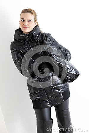 Woman wearing black clothes