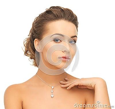 Free Woman Wearing Shiny Diamond Pendant Royalty Free Stock Photos - 34105248