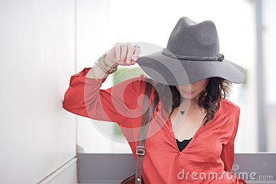 Woman Wearing Wide Brimmed Hat Free Public Domain Cc0 Image