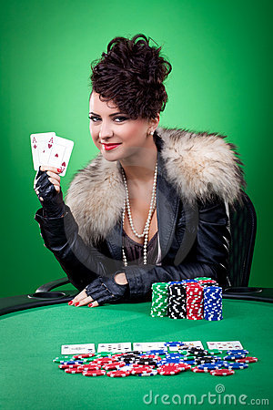 Woman wins with two ace in the casino