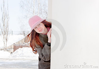 Woman is in winter in a park