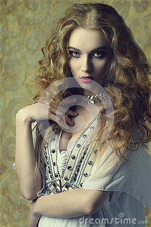 Free Woman With Antique Style Royalty Free Stock Photo - 46105385
