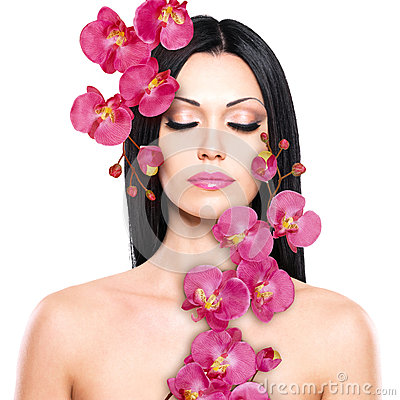 Free Woman With Beautiful Face And Fresh Flowers Royalty Free Stock Photos - 30386228