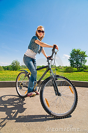 Free Woman With Bicycle Stock Photo - 14477480