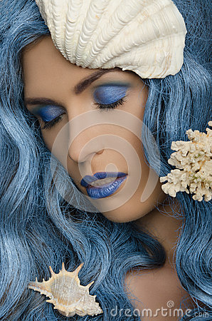 Free Woman With Blue Hair And Seashells Stock Photos - 50851693