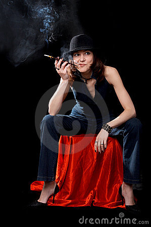 Free Woman With Cigarette Holder Stock Images - 3191544