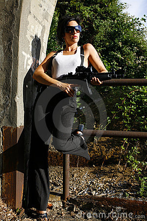 Free Woman With Gun Royalty Free Stock Photos - 2804578