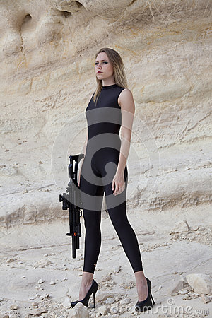 Free Woman With Gun Royalty Free Stock Photography - 54215187