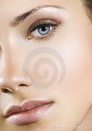 Free Woman With Perfect Natural Makeup Stock Images - 12935144