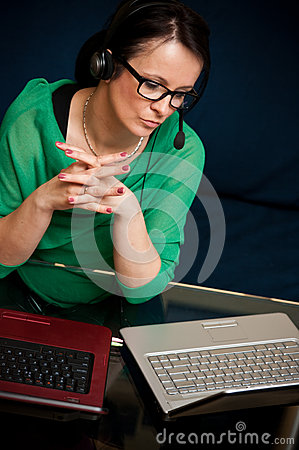 Free Woman Working Online Stock Images - 24812514