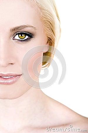 Woman wth striking green eyes