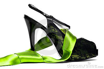 Womanish shoe with neck tie
