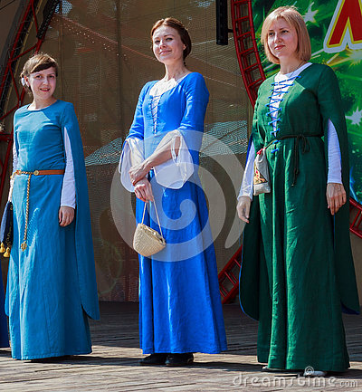 Free Women In Ukrainian National Medieval Handmade Dress Stock Photo - 79431390