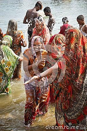 women of India enjoying water