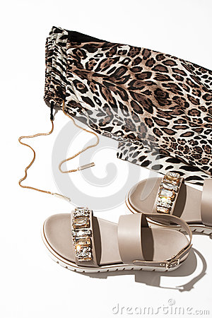 Free Women`s Sandals And Leggings Stock Images - 90749764