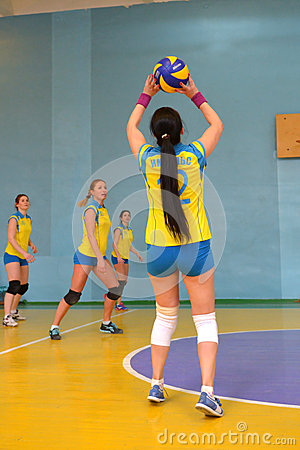 Free Women S Volleyball Match Between The Amateur Teams Lightning Impulse Dnepropetrovsk City Ukraine February Royalty Free Stock Photography - 50895907