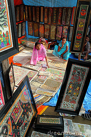 Women selling handicraft paintings in India Editorial Stock Photo