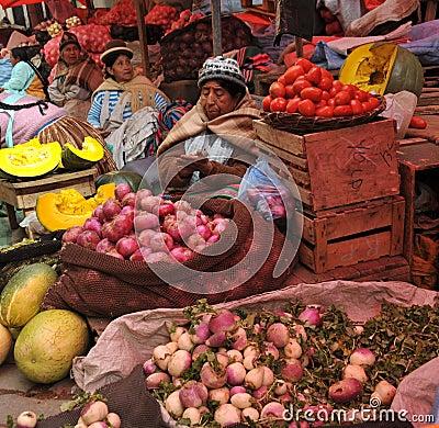 Free Women Selling On The Street Of La Paz. Stock Image - 42396771