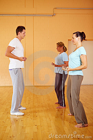 Women sharing personal trainer