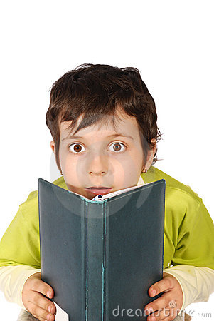 Wonder kid reading book
