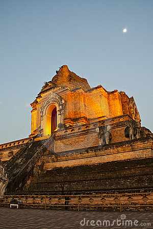 Wonderful Pagoda Wat Chedi Luang Temple
