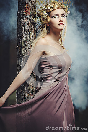 Free Wood Nymph Royalty Free Stock Images - 25948549