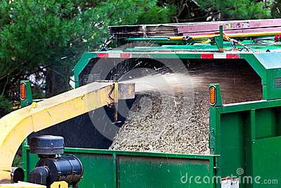 Wood shredder