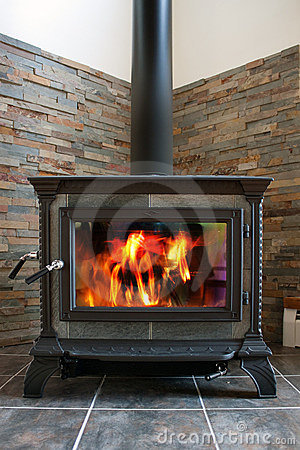 Free Wood Stove Royalty Free Stock Image - 17286176