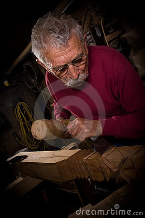 Woodcarver work in the workshop 4