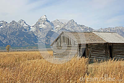 Wooden barn and Teton Range