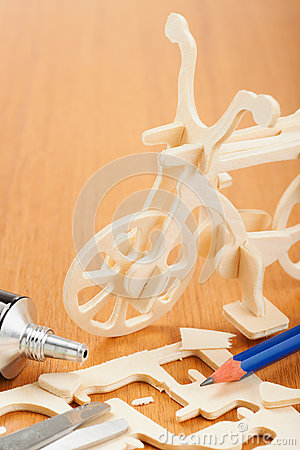 Wooden bicycle toy