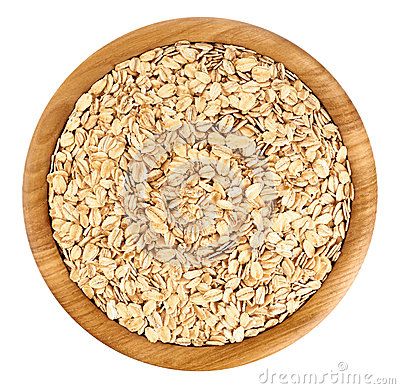 Free Wooden Bowl With Oats Isolated On White Background. Royalty Free Stock Photos - 72336748