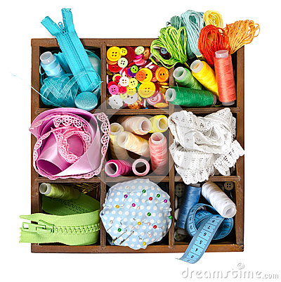 Free Wooden Box With Sewing Accessories Stock Photography - 55366682