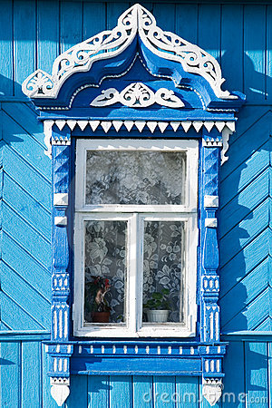 Free Wooden Decoration On Traditional Russian Window Royalty Free Stock Image - 5651926