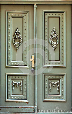 Free Wooden Door Stock Photos - 33918713