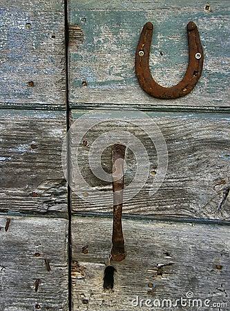 Free Wooden Door, Horseshoe Royalty Free Stock Photography - 18407567